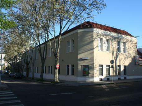 KMO Művelődési Központ