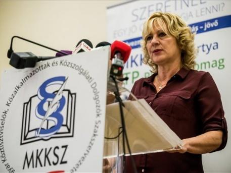 Boros Péterné, a szakszervezet főtitkára (fotó: Balogh Zoltán - MTI)