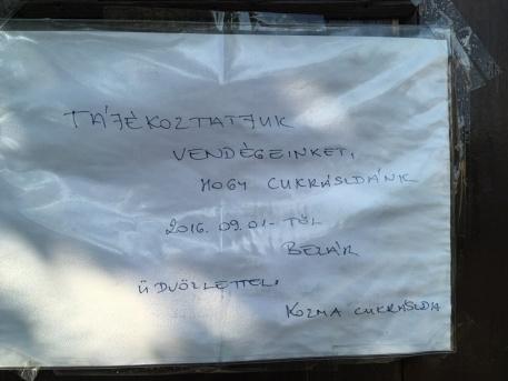 Üzenet a vásárlóknak (fotó: ittlakunk.hu)