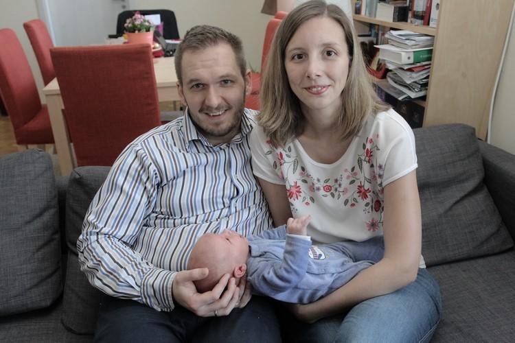 A kis család (forrás: uj.kispest.hu)