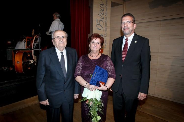 Fóris Kálmán, Gábor Ilona és Zupkó Gábor (forrás: uj.kispest.hu)