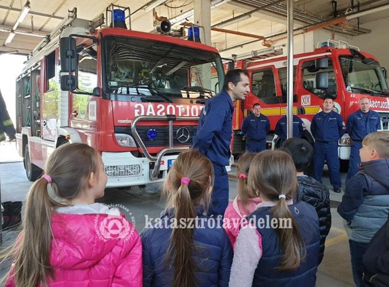 (fotó: Kolozsi Péter tűzoltó főhadnagy / FKI)
